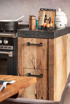 Home Kitchens, Kitchen Design Small, Rustic Kitchen, Kitchen Inspiration Design, Kitchen Cabinet Design, Kitchen Inspirations, Rustic Modern Kitchen, Rustic Master Bedroom, New Kitchen