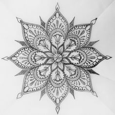 Love this intricate piece...would make an Awesome tat! ;)