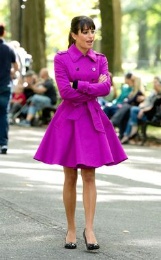Lea Michele Films 'Glee' In NYC In Amazing Fuchsia TrenchCoat