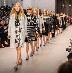 Londyński tydzień mody już za nami. Działo się naprawdę dużo! Nasze podsumowanie znajdziecie na http://soperlage.com/london-fashion-week-podsumowanie/