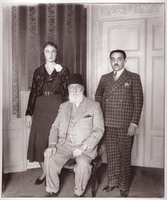 An image from the national Portrait Gallery, London. Pictured is Nawab Azam Jah, Prince of Berar (1907-1970), Son of the Nizam of Hyderabad, his wife, Princess Durruhsehvar, Princess of Berar (1914-2006), and the Princesses father, Caliph Abdulmecid Khan II of Turkey (1868-1944).
