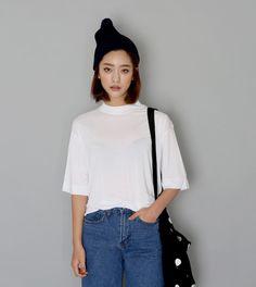 Currently watching the Bachelor, Australia. Korean Street Fashion, Asian Fashion, Love Fashion, Girl Fashion, Fashion Styles, Fashion Outfits, Look Cool, Cool Style, My Style