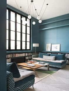Visit an atypical house all in blue, green and black! Atypical, Game Room, Blue Green, Lounge, House Design, Living Room, Decoration, Furniture, Black