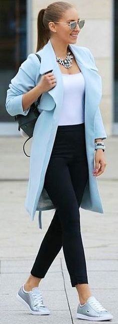 winter outfits | Turn down collar blue coat and black pants.