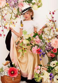 Noelle Vlasov, summer,flowers,hat,basket