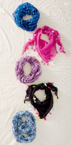 A boho-inspired scarf = instant style!