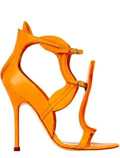 3f4fa878bc6 Manolo Blahnik by Janny Dangerous Orange Heels