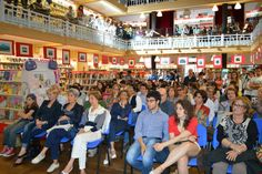 pienone per #InTerritorioNemico alla Libreria Mondadori di Catania Catania, Dolores Park