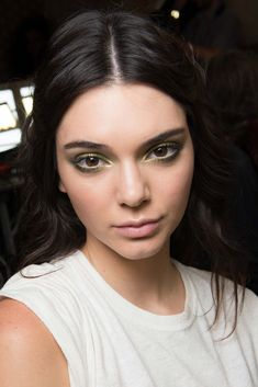 Atelier Versace Fall 2015 Couture - Beauty - Gallery - Style.com