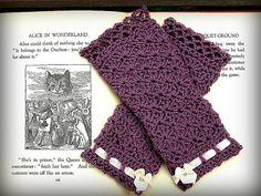Ravelry: Wristlets in Wonderland pattern by Michele DuNaier $3.00