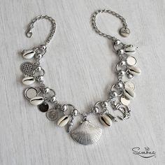 Collar Malú Seashell Jewelry, Beach Jewelry, Boho Jewelry, Jewelry Art, Jewelery, Sea Glass Jewelry, Jewelry Design, Cowrie Shell Necklace, Shell Bracelet