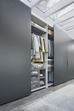 Built-in wardrobes offer convenience to many households. A built-in wardrobe saves up a lot of space and gives your home … Wardrobe Design Bedroom, Bedroom Furniture Design, Bedroom Wardrobe, Built In Wardrobe, 4 Door Wardrobe, Master Bedroom, Bedroom Cupboard Designs, Bedroom Cupboards, Walk In Closet Design