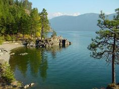 Well living in Idaho, I never got to visit Sandpoint...heard about it...but I can see  hiding out here!