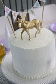 The Hildebrands: rainbow unicorn party!