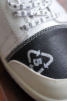 """""""TT Black Toe"""" first launch design. Every man's """"must have"""" shoe. #Kickstarter #REMYXX #gogreen"""