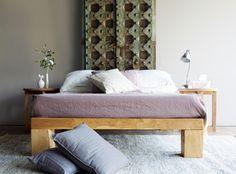 Umpak Bed Made From Pillar Bases From Java Bedroom Interior