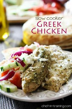 Slow Cooker Greek Chicken from Chef in Training; this is a #LowCarb slow cooker recipe the whole family will enjoy! [via Slow Cooker from Scratch] #HealthySlowCooker