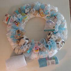 Beautiful Baby Boy Diaper Wreath ready for it's new home! New Baby Wreath, Baby Door Wreaths, Diy Wreath, Baby Shower Crafts, Baby Shower Decorations For Boys, Baby Shower Centerpieces, Shower Gifts, Lil Man Baby Shower, Baby Door Hangers