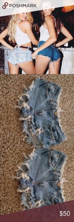 Destroyed Levi's shorts Cheeky destroyed vintage Levi's shorts size 24. Like seen on Candice and Josephine ❤️ these shorts are the definition of daisy duke Levi's shorts ❤️ they are so cute and flirty perfect for over swim suit bottoms for the beach Levi's Shorts Jean Shorts