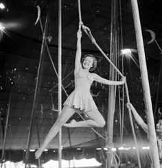 """In 1949, LIFE went behind the scenes to document the high-flying lifestyle of the independent women at """"the home of the American circus."""""""
