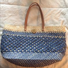Tory Burch straw tote  Authentic TB straw tote - ready to go on vacation with you !  Tory Burch Bags Totes