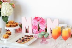 Mothers Day Breakfast Discover Mothers Day Brunch with Free Printable - A Cup Full of Sass Mothers Day Brunch with Free Printable Diy Mother's Day Brunch, Brunch Decor, Brunch Buffet, Brunch Party, Easter Brunch, Sunday Brunch, Mothers Day Decor, Mothers Day Crafts For Kids, Mothers Day Cards
