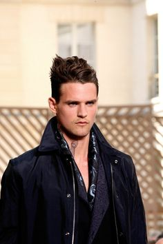 New Hot Sneakers n Shoes: Men's Hair Trend: Slicked Back Hairstyle