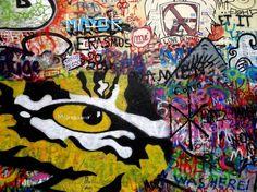 Olhares.com Fotografia   Sérgio Veludo   Lennon wall #1