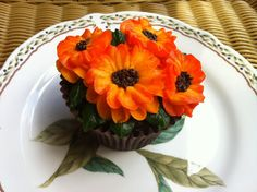 Mmmm....cupcakes that remind me autumn is on it's way....