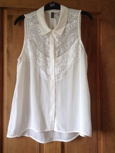 Lace front sleeveless shirt