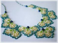 BluePetals necklace beading TUTORIAL by AsszaBeadingArts on Etsy. This listing is for the Pdf tutorial only. The finished product is not included, there are no supplies included. Seed Bead Necklace, Seed Bead Bracelets, Seed Bead Jewelry, Bead Jewellery, Jewellery Shops, Seed Beads, Beaded Necklace Patterns, Seed Bead Patterns, Bracelet Patterns