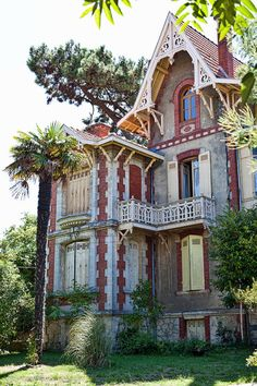 Maisons typiques du bassin d'Arcachon, France.