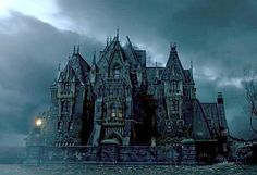 Crimson Peak - You need a fabulous house for a gothic romance...