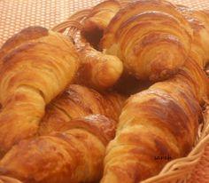 croissants comme à la boulangerie, recette croissant au beurre boulanger, croissants boulanger, croissant au beurre maison, pâte à croissant.
