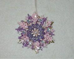 "HappyBird's Glitter Nest........The ""tweet"" spot!: DIY~Gorgeous Layered Snowflake Ornaments! So Easy!..."