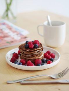 Herkulliset viljattomat (banaania ja kananmunaa) aamiaispannukakut - Pupulandia