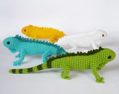 Green iguana color morphs by LunasCrafts ; pattern here: http://planetjune.com/shop/index.php?main_page=product_info&cPath=11_17&products_id=235