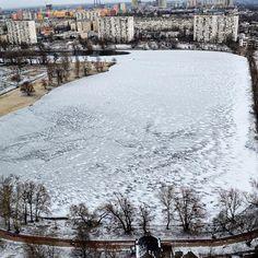 Winter in Kyiv #telbin #lake #kiev #tour #trip #travel #tripadvisor #instatrip #viajar #reisen #viaggio #voyage #wintertravel #wintertime #wintertrip #ice #greentourua #likealocalguide #getyourguide #citytour #旅行 #ツアー