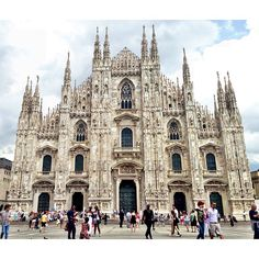 5 things to see when you visit Milan Duomo di Milano (Milan Cathedral) Galleria Vittorio Emanuele II Sforza Castle Parco Sempione Milan Architecture Duomo Milano, Milan Duomo, Milan Cathedral, Barcelona Cathedral, Milan Travel, Galleria Vittorio Emanuele Ii, Milan City, Destinations, Chor