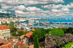 From the finest fresh produce markets to designer boutiques, Cannes delivers luxury on many fronts. Read our guide to shopping in this glitzy French city
