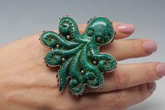 Spectacular bakelite octopus ring  By Sally bass.com