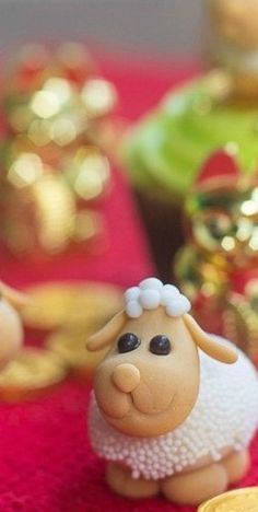 Fondant Sheep Tutorial - Bake Happy