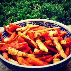 Roasted Carrots with Sunflower Seeds & Cinnamon. {Vegan, Gluten-Free Recipe}