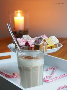 Tiny Ginger Bread Houses // Söpöt pienet piparkakkutalot  http://www.anninuunissa.fi/2014/11/sopot-pienet-piparkakkutalot-video.html