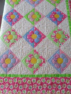 Pieced and designed by JoAnn Kilgroe Quilted by Jessica's Quilting Studio book availabe at: www.stelladog.me/