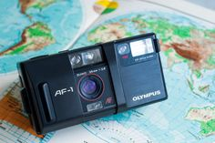 Olympus AF-1 - vintage functional film camera for lomography / analog photography (old film camera) - hand strap incl. (Olympus Infinity)