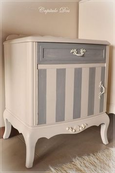 Who Moves Furniture For Carpet Installations Info: 2027166898 Redo Furniture, Painted Furniture, Furniture Diy, Refinishing Furniture, Repurposed Furniture, Recycled Furniture, Furniture Rehab, Shabby Chic Furniture, Diy Sofa