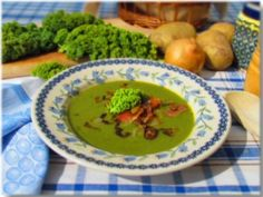 Cream of kale soup with prosciutto