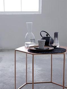 Kuparinen pöytä - Niittylä Home