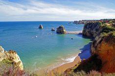 Algarve Beach Portugal ♡ The Best European Destinations for Easter Sun ➡ The Aussie Flashpacker ✈ Travel Through Europe, Travel Europe, Portugal Holidays, Sailing Holidays, Road Trip Europe, Visit Portugal, Paradise On Earth, European Destination, Most Beautiful Beaches